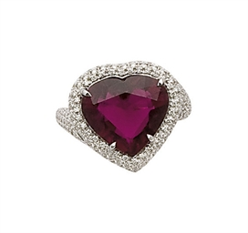 BAGUE TOURMALINE ET DIAMANTS,