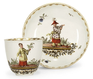 A HÖCHST CHINOISERIE CUP AND S
