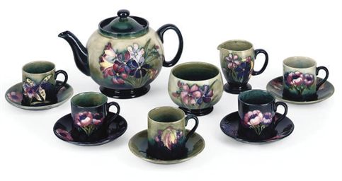 A Moorcroft 'Spring Flowers' P