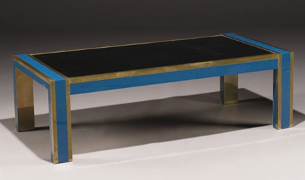 TABLE BASSE VERS 1970