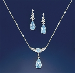 An aquamarine and diamond pend