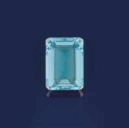 A large aquamarine single ston