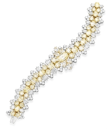 A COLORED DIAMOND BRACELET