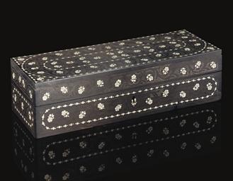 AN IVORY INLAID EBONY BOX, IND