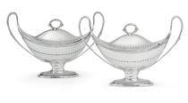 A PAIR OF GEORGE III IRISH SILVER SAUCE TUREENS AND COVERS
