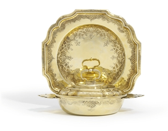 A GERMAN SILVER-GILT ECUELLE,