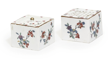 A MEISSEN KAKIEMON INKWELL AND