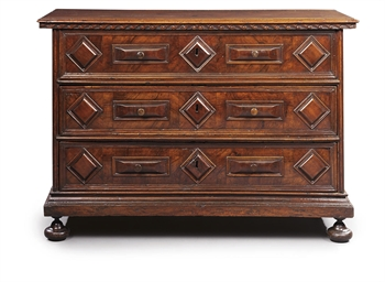 A NORTH ITALIAN WALNUT COMMODE