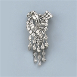 A DIAMOND BROOCH, BY BOUCHERON