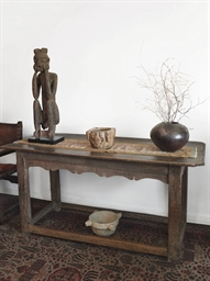 AN ENGLISH OAK ALTAR TABLE