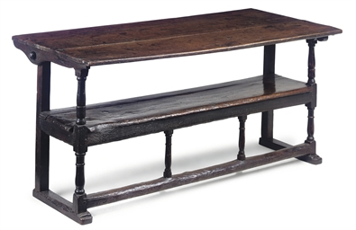 AN ENGLISH OAK SETTLE  TABLE