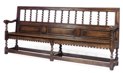 A LARGE ENGLISH OAK SETTLE