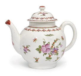 A LOWESTOFT GLOBULAR TEAPOT AND COVER