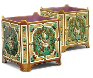 A PAIR OF HOLDCROFT MAJOLICA S