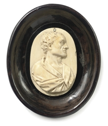 AN ENGLISH IVORY PORTRAIT RELI