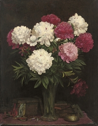 Pink and white carnations in a