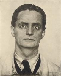 Eugen Hoffmann; Hans Thomas; H