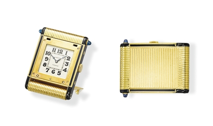 AN ART DECO GOLD, ENAMEL AND S