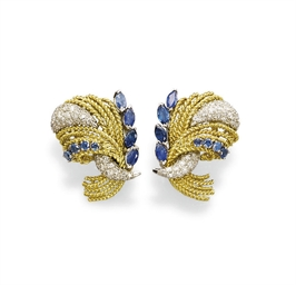 A PAIR OF SAPPHIRE, GOLD AND D