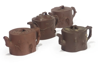 FOUR CHINESE YIXING TEAPOTS AN