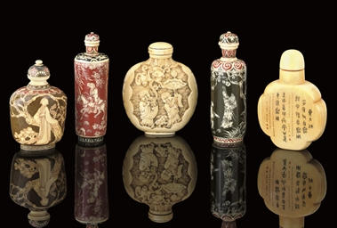 FIVE IVORY SNUFF BOTTLES, 19TH