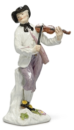 A MEISSEN FIGURE OF A VIOLINIS
