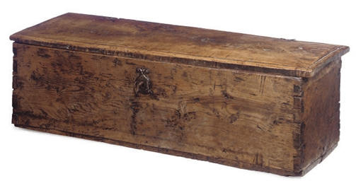 A SPANISH CHESTNUT PLANK CHEST