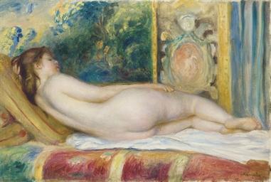 Femme nue au canapé