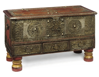 AN INDIAN HARDWOOD AND BRASS MOUNTED 'ZANZIBAR' CHEST
