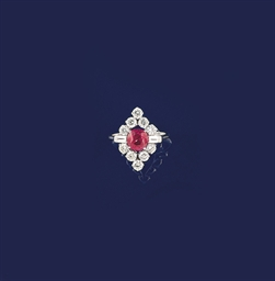 A pink spinel and diamond clus