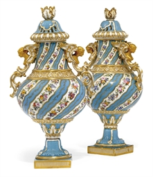 A PAIR OF COALPORT TURQUOISE-G