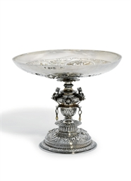 A DUTCH SILVER TAZZA