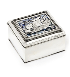 A GEORGE V SILVER AND ENAMEL C