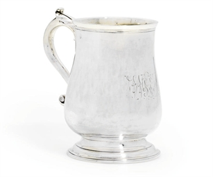 A GEORGE II IRISH SILVER MUG