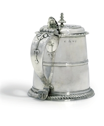 A QUEEN ANNE SCOTTISH SILVER T