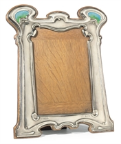 A WILLIAM HUTTON & SONS SILVER AND ENAMEL PHOTOGRAPH FRAME