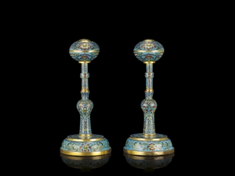 A PAIR OF CLOISONNE TURQUOISE-