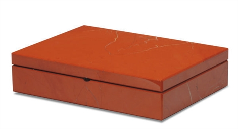 A RED JASPER BOX WITH HINGED C