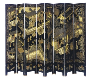 A CHINESE LACQUERED EIGHT PANE