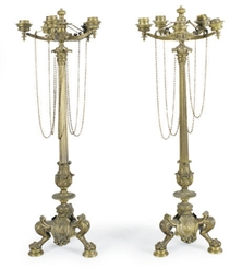 A PAIR OF BRONZE FIVE-LIGHT CA