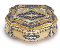 A GERMAN PARCEL-ENAMELLED GOLD SNUFF-BOX