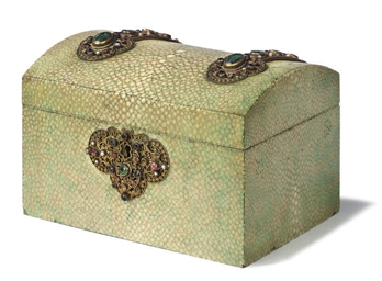 A SHAGREEN VENEERED CASKET