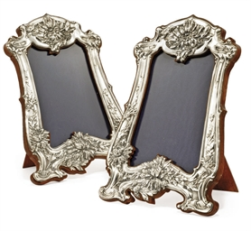 A PAIR OF EDWARDIAN SILVER-MOU