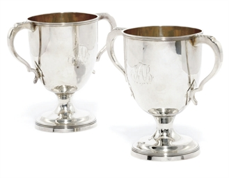 A PAIR OF GEORGE III SILVER TW