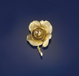 A diamond flower brooch, by Fr