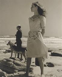 Young Lauren Bacall, 1943