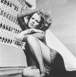 Kim Basinger, Santa Monica, 19
