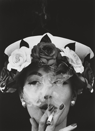 Hat + 5 Roses, Paris Vogue, 19