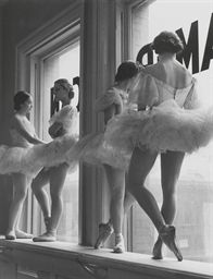 Ballerinas at rest, the Balanc