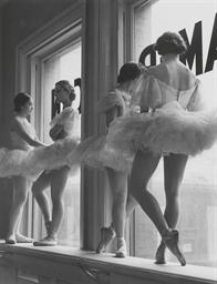 Ballerinas at rest, the Balanc